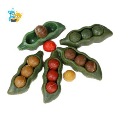 Dog Chews Healthy Pea Pod with Chicken Shape